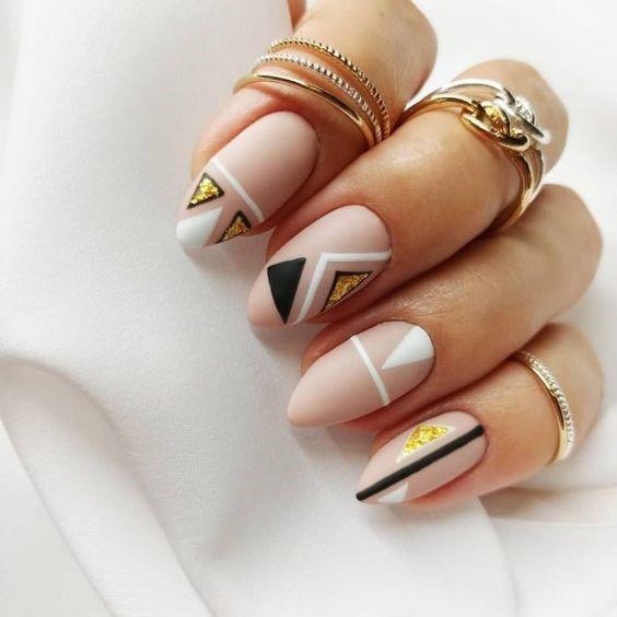 Nail art para esta primavera geométricas